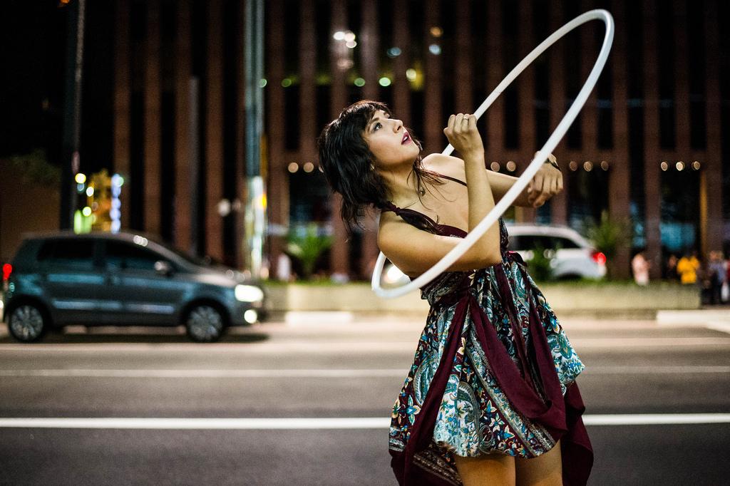 hula-hoop la poesie du dehanche